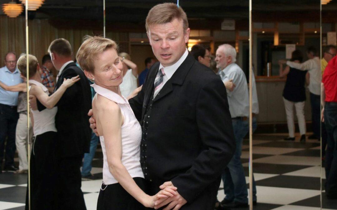 Neuer Tanzkurs für Anfänger ab September.